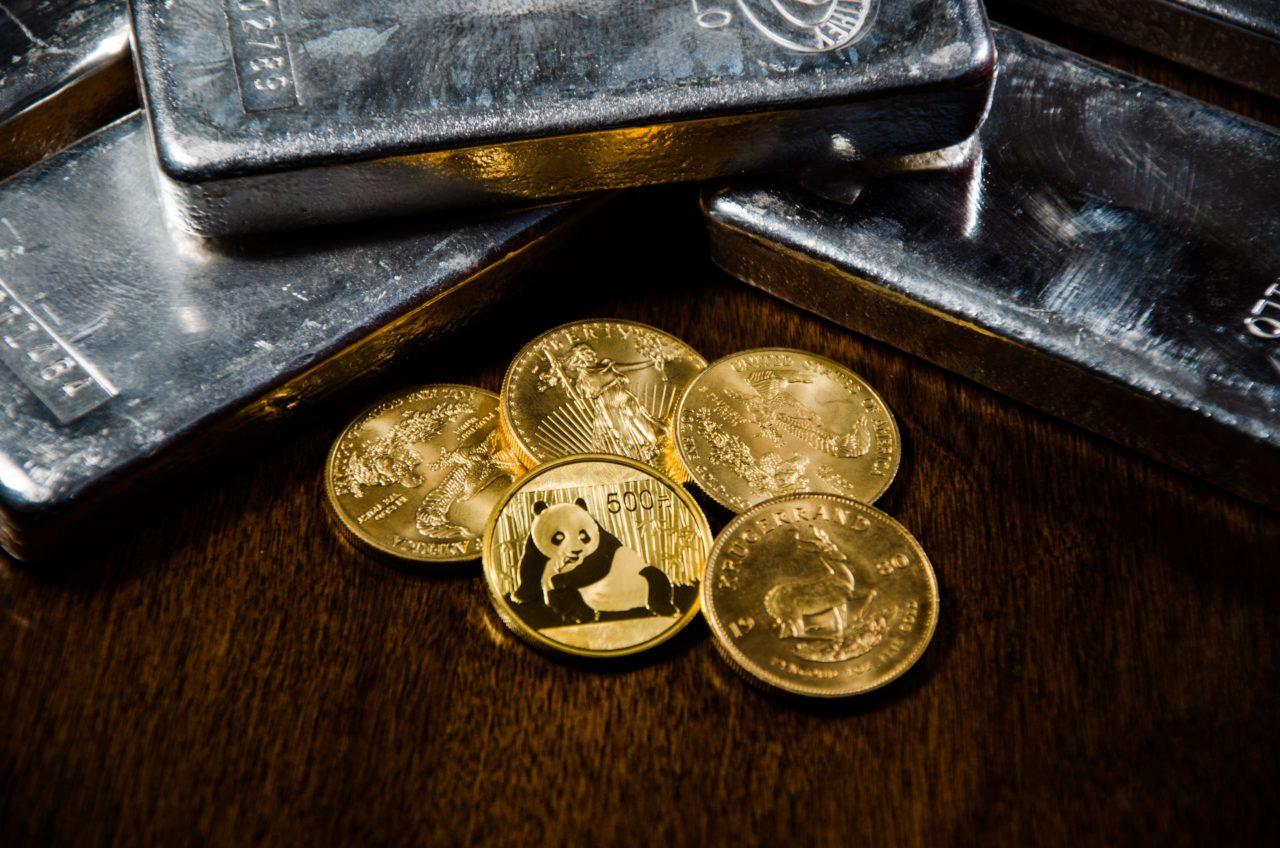 Zlato in srebro sta edini denar, ki dejansko obstaja. Michael Noonan